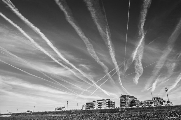 Vapour trails over seafront Hove. Monochrome Landscape. © P.Maton 2014 eyeteeth.net
