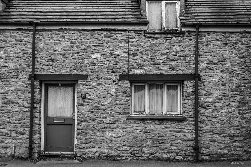 Stone cottage frontage, Frilford Road Marcham UK. Monochrome Landscape. © P. Maton 2014 eyeteeth.net