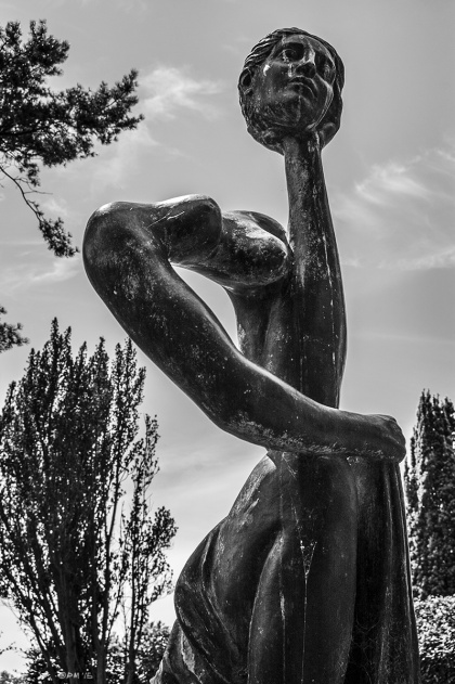 Kneeling Woman Surrealist Sculpture by F. E. McWilliam in the garden at Farley Farm House East Sussex UK home of Roland Penrose and Lee Miller. Monochrome Portrait. © P. Maton 2015 eyeteeth.net