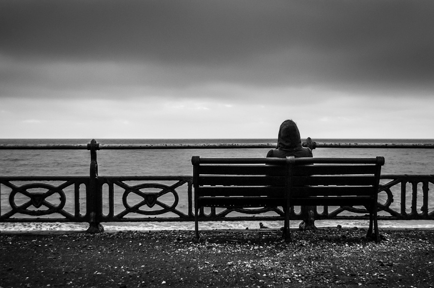 Bench_Person_Western_Esplanade_Hove_UK_P_Maton_13-12-15